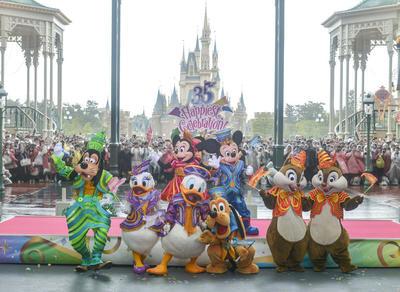【TDR35周年】開園記念日にセレモニー開催!35年前のメモリアルな場所で:東京ディズニーリゾート特集