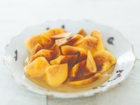 練りごまとメープルシロップで柿の和風デザート【レシピ掲載】